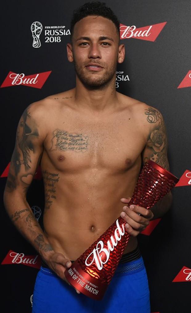 Neymar eleito o melhor jogador da partida contra o México (Foto: Divulgação)