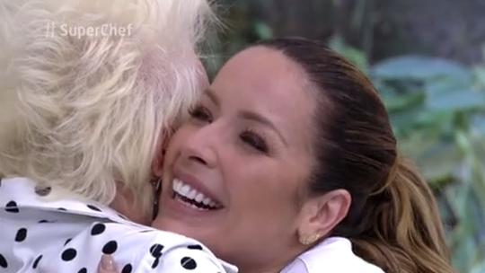 Renata Dominguez deixa o 'Super Chef' depois de encarar Panela de Pressão contra MC Koringa