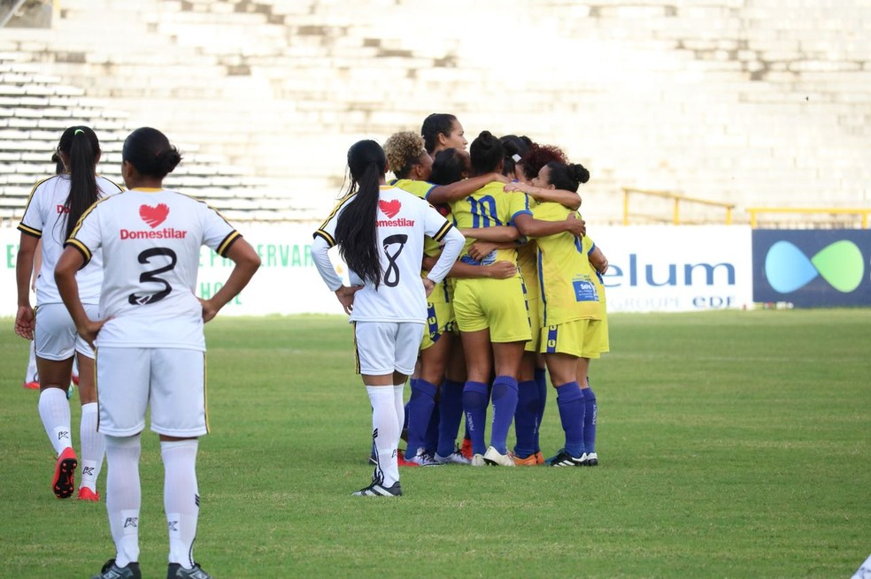 Tiradentes-PI goleia o Santana-AP e avança para a fase de grupos do Brasileirão A2 (Foto: Stephanie Pacheco/GloboEsporte.com )