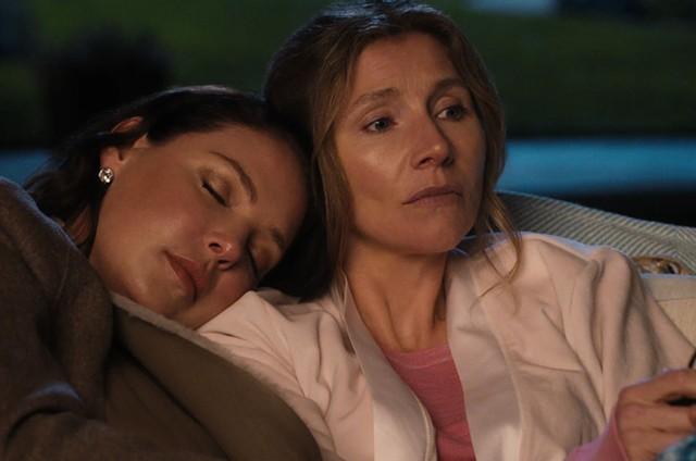 Katherine Heigl e Sarah Chalke como Tully e Kate em 'Amigas para sempre', série da Netflix (Foto: Divulgação)
