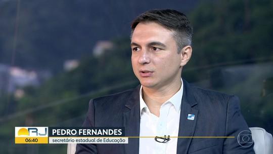 Secretário de Educação anuncia horas extras para sanar déficit de professores e duas escolas militares no Sul Fluminense