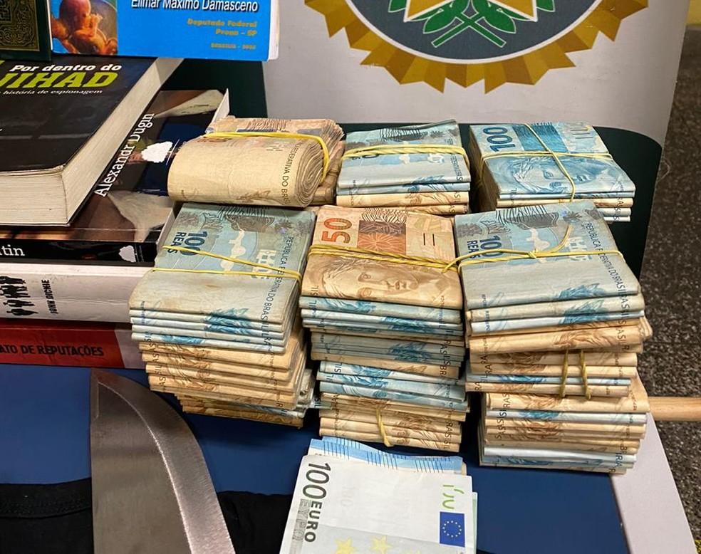 R$ 119 mil foram apreendidos na casa de suspeito de atacar a produtora Porta dos Fundos — Foto: Divulgação