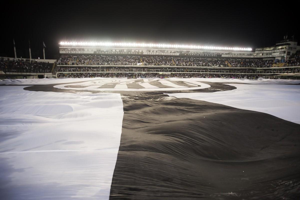 Santos vende ingressos a R  10 para jogo contra o São Caetano 805f399b3f623