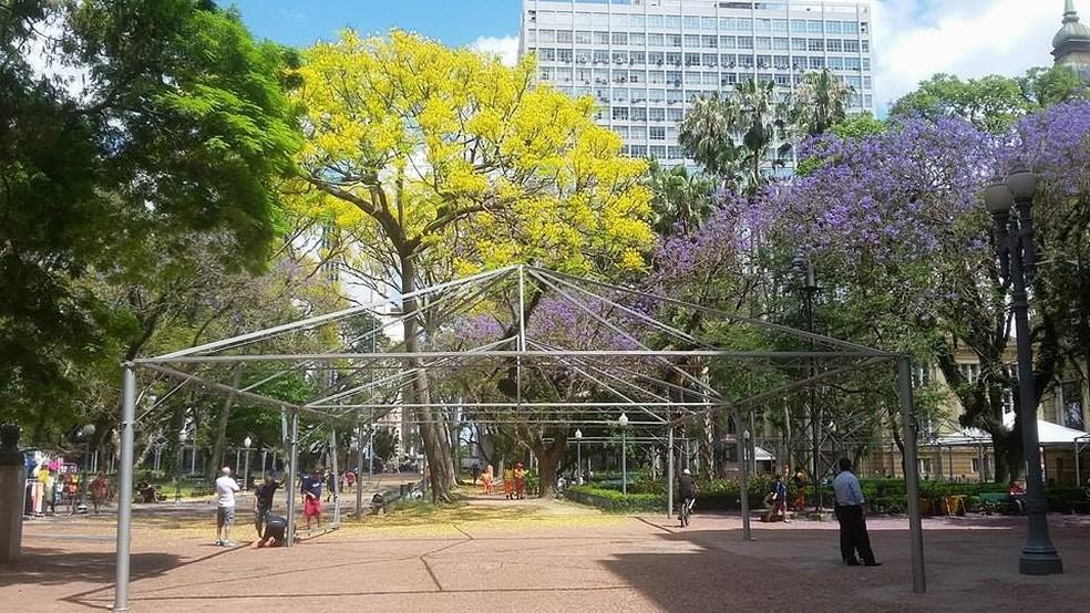 Estrutura metálica da Feira deste ano é montada (Foto: Rafael Gloria/Divulgação)