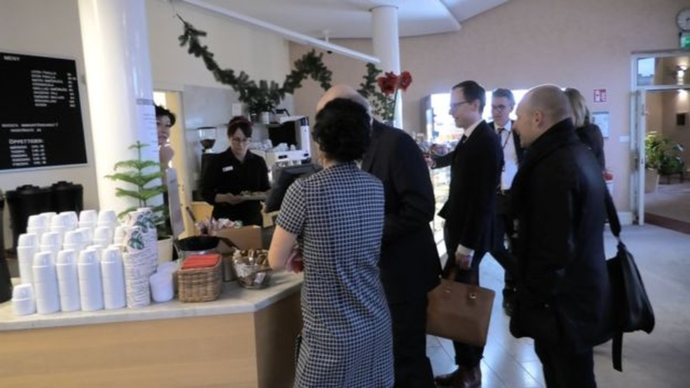 Cafezinho de graça? No Parlamento da Suécia, nem pensar — Foto: CLAUDIA WALLIN