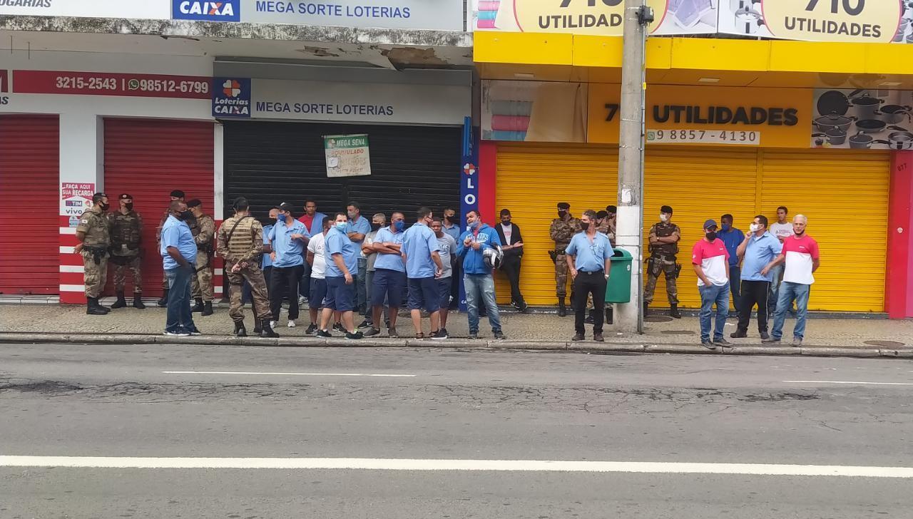 Tusmil começa a operar linhas da GIL em Juiz de Fora nesta terça-feira; motoristas e cobradores fazem manifestação