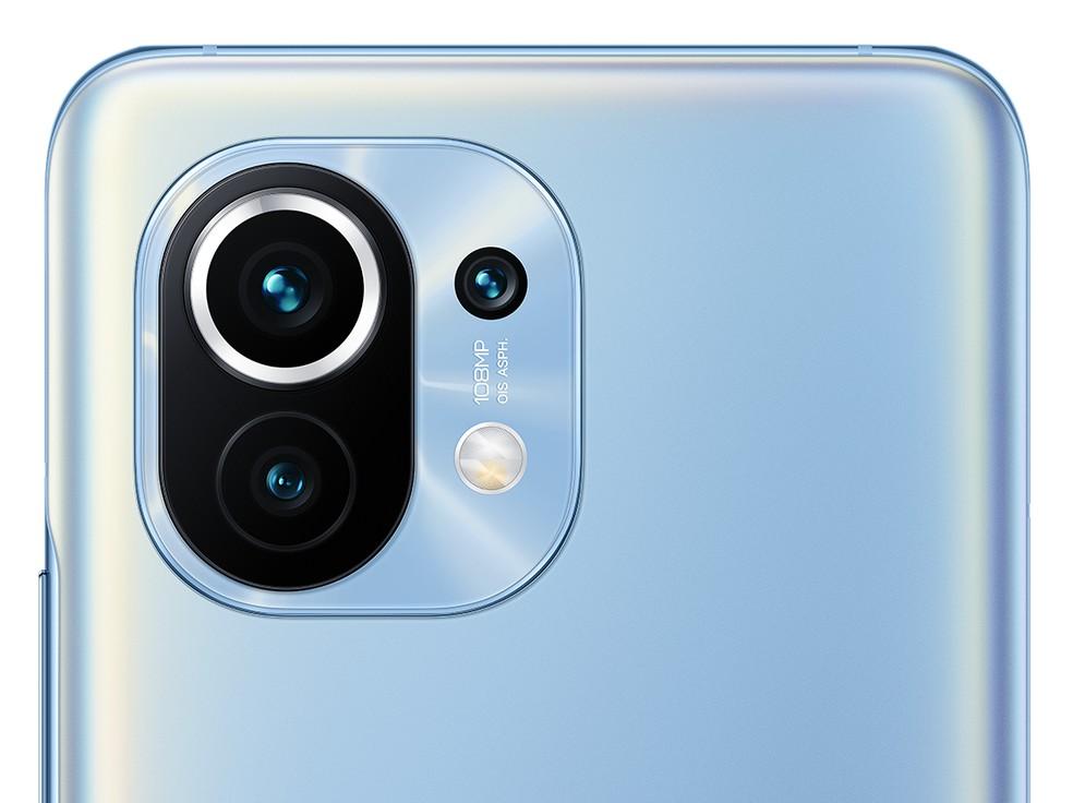 Câmera tripla com até 108 MP é um dos destaques do Xiaomi MI 11 — Foto: Divulgação/Xiaomi