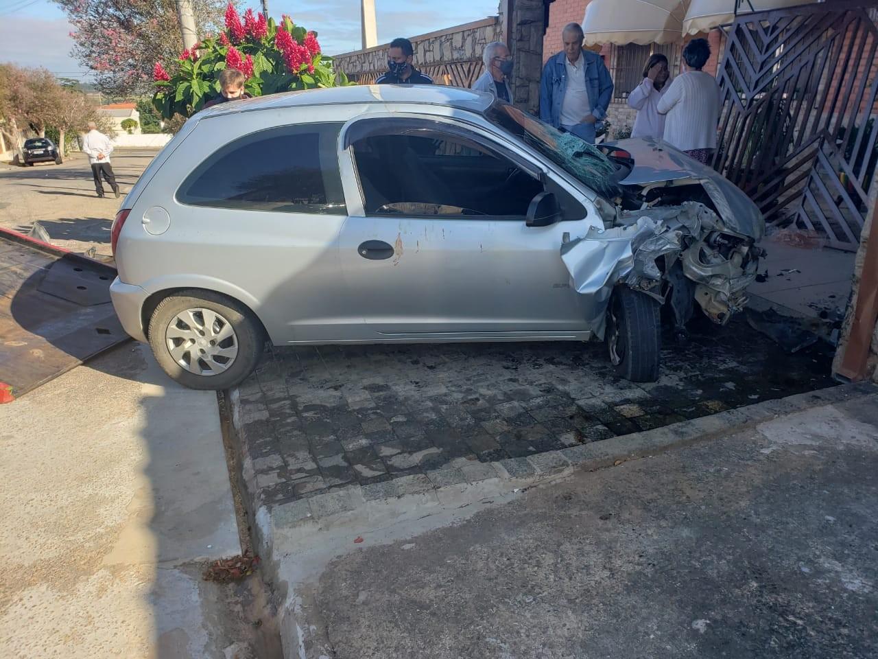 Jovem de 19 anos morre após acidente em avenida de Boituva