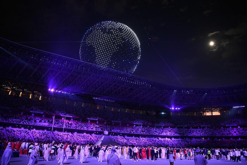 Performance dos drones na cerimônia de abertura das Olimpíadas de Tóquio — Foto:  Matthias Hangst/Getty Images