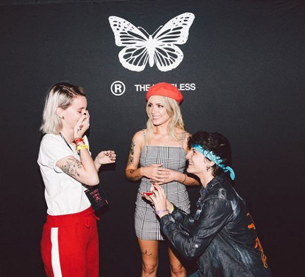 Halsey com fãs em São Paulo (Foto: Reprodução/Instagram)