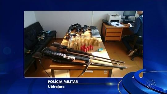 Polícia apreende armas com quadrilha que planejava atacar banco em Ubirajara
