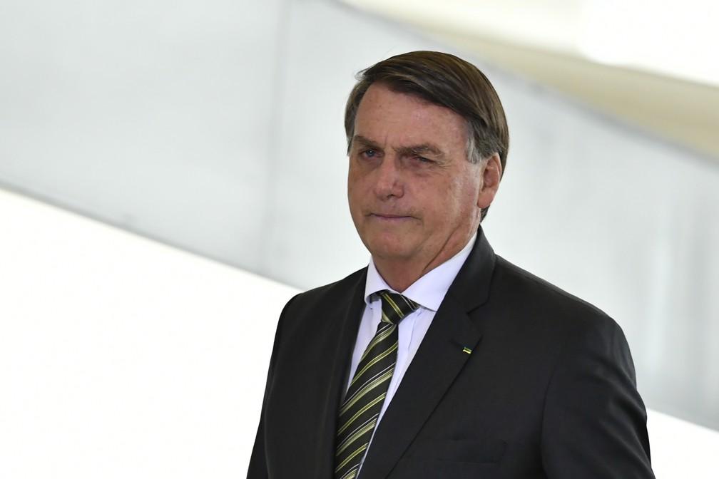 O presidente da República, Jair Bolsonaro, nesta segunda-feira, 08 de fevereiro, durante cerimônia — Foto: MATEUS BONOMI/AGIF - AGÊNCIA DE FOTOGRAFIA/AGIF - AGÊNCIA DE FOTOGRAFIA/ESTADÃO CONTEÚDO