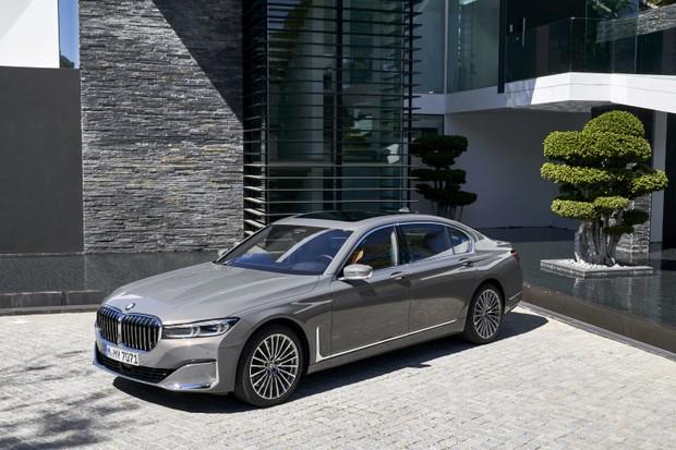 BMW Série 7 Plug-in Hybrid (Foto: Divulgação)