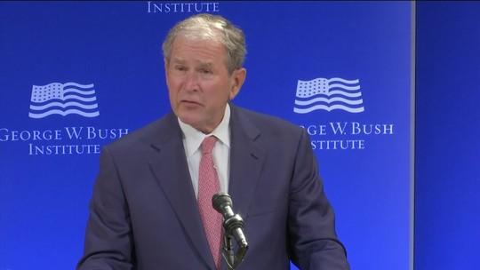 Em discurso, George W. Bush faz acusação velada a Donald Trump