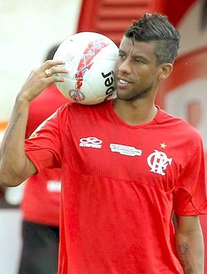 Léo Moura exalta a fase do Vasco: 'Agora está melhor do que a nossa'