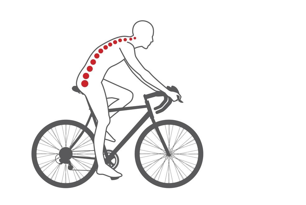 Dor na lombar é a queixa mais comum entre os ciclistas, diz médico (Foto: iStock Getty Images)