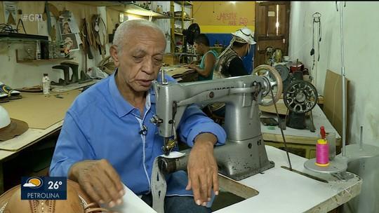 Mestre Aprígio que fez peças em couro para Luiz Gonzaga é eleito Patrimônio Vivo de Pernambuco