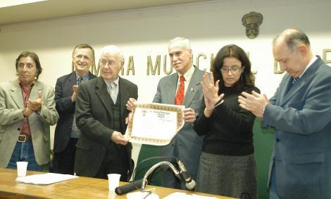 Artista plástico Danúbio Gonçalves morre em Porto Alegre aos 94 anos