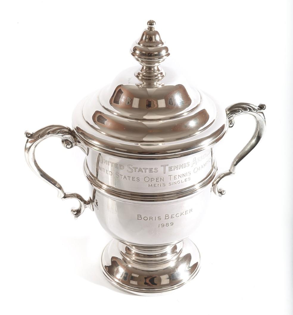 Trófeu do US Open ganho por Boris Becker em 1989 — Foto: Divulgação