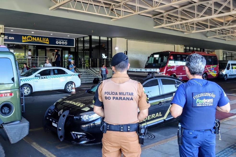 Segundo o Foztrans, não há previsão para o fim da operação no aeroporto de Foz do Iguaçu — Foto: PMFI/Divulgação