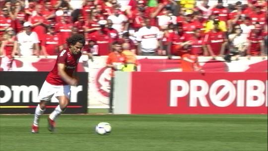 Claudinei elogia postura do Paraná e reclama da arbitragem na derrota para o Inter