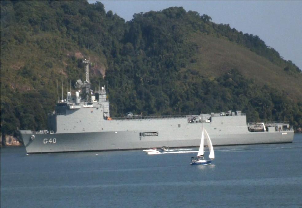 Navio Docas Multipropósito Bahia chega ao Porto de Santos, no litoral de SP (Foto: G1 Santos)