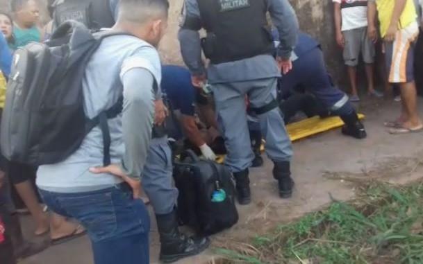 Homem baleado por 6 tiros em ponto de ônibus morre no HE de Macapá
