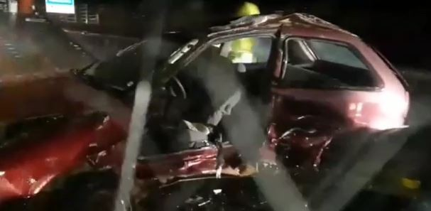 Acidente entre carros deixa feridos em rodovia de São Roque