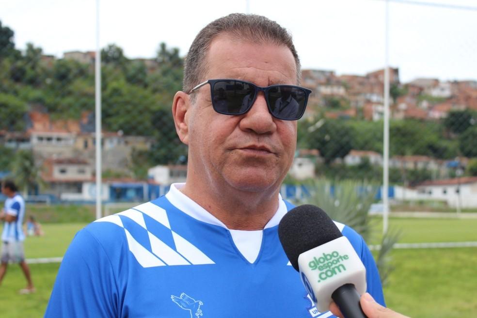 Raimundo Tavares disse que clube ainda está de olho mercado — Foto: João Alvim/GloboEsporte.com
