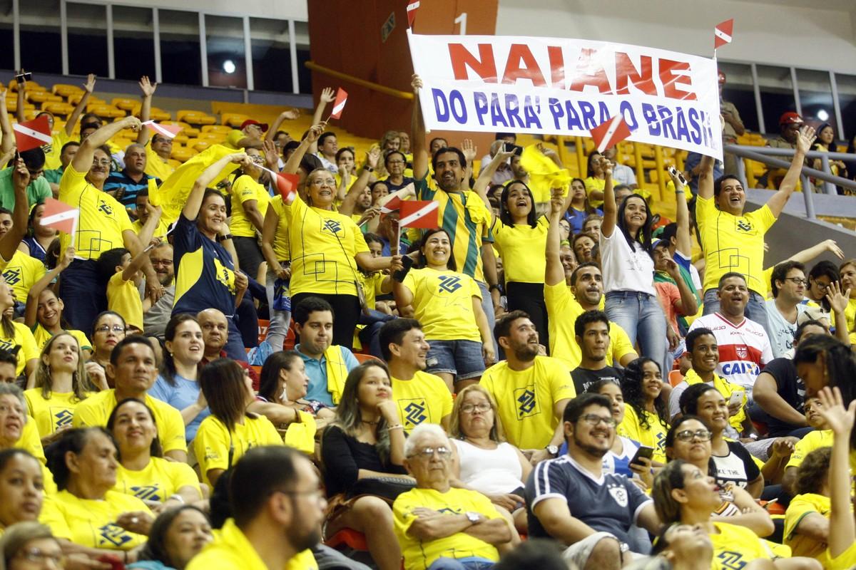 Naiane Rios se surpreende com carinho e reconhecimento do público em Belém   007aca0cec284