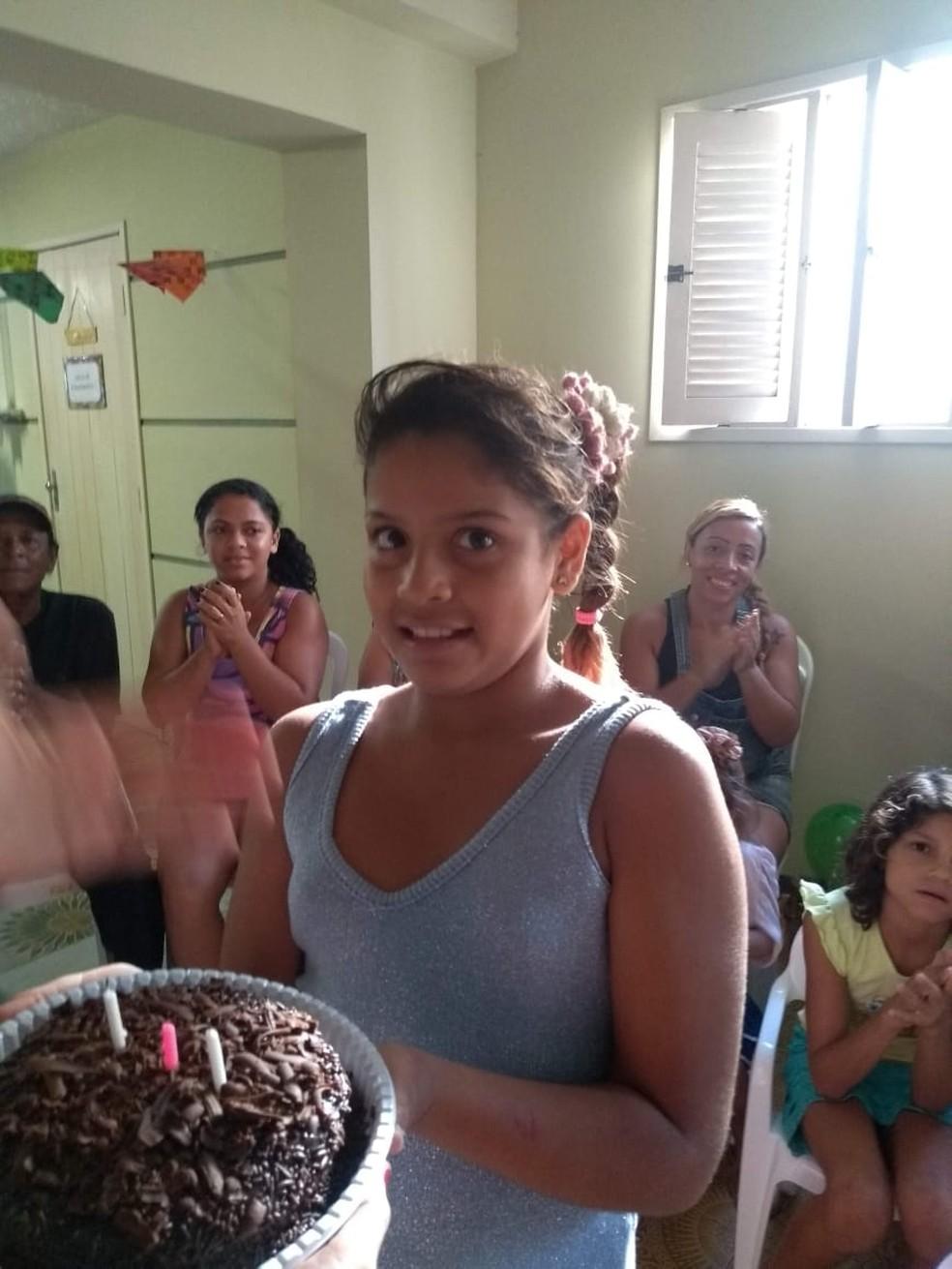 Maíla Evangelista da Silva tem 10 anos de idade e está desaparecida desde o dia 12 de setembro — Foto: Arquivo da Família/cedida