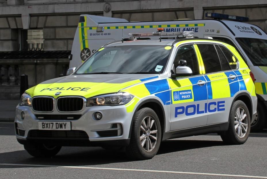 BMW X5 - Polícia - Reino Unido (Foto: Wikimedia Commons)