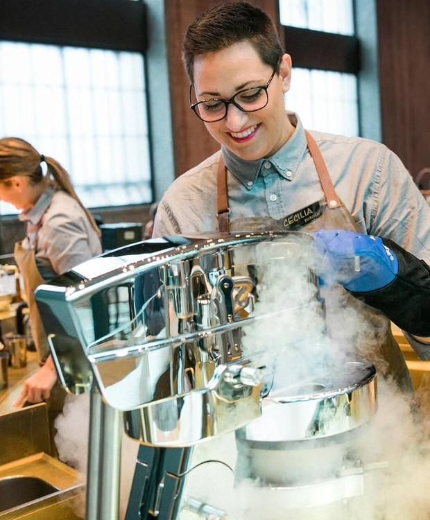 Os pratos são preparados com técnicas tradicionais e modernas (Foto: Starbucks/ Reprodução)