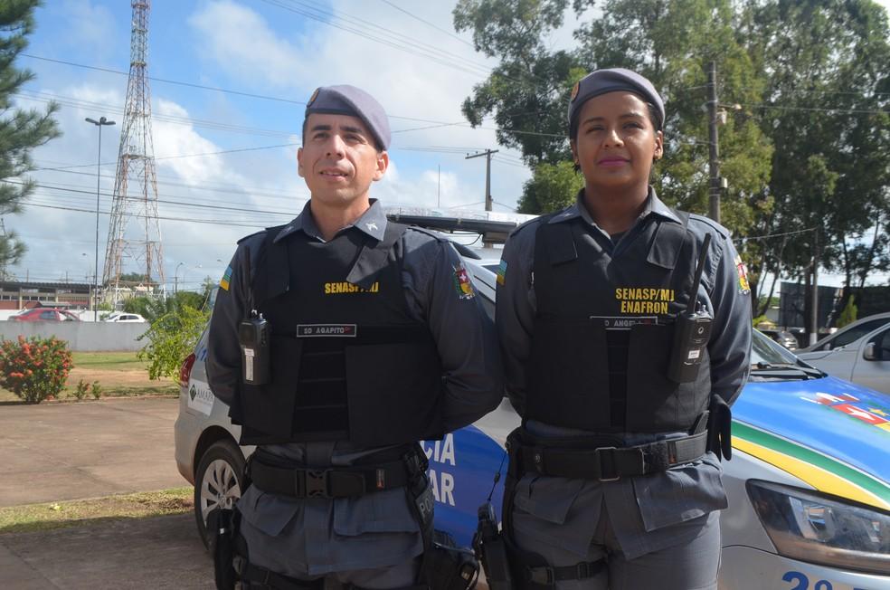 Casal Agapito e Angela Martins vendia empadas para pagar estudos, hoje trabalham juntos como soldados da PM — Foto: Carlos Alberto Jr/G1