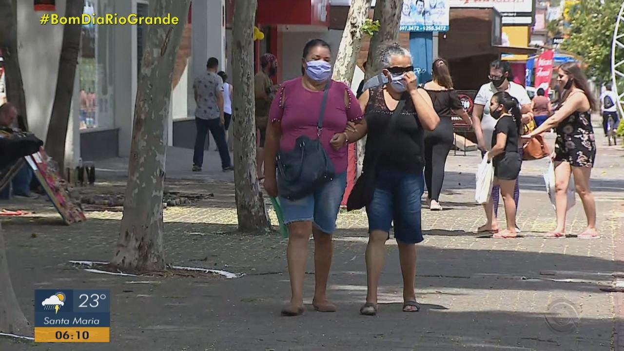 Infectologista dá dicas sobre máscaras mais indicadas para dias de calor intenso