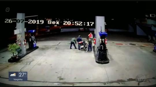 Adolescente armado é apreendido após assalto a posto de combustíveis em Três Corações