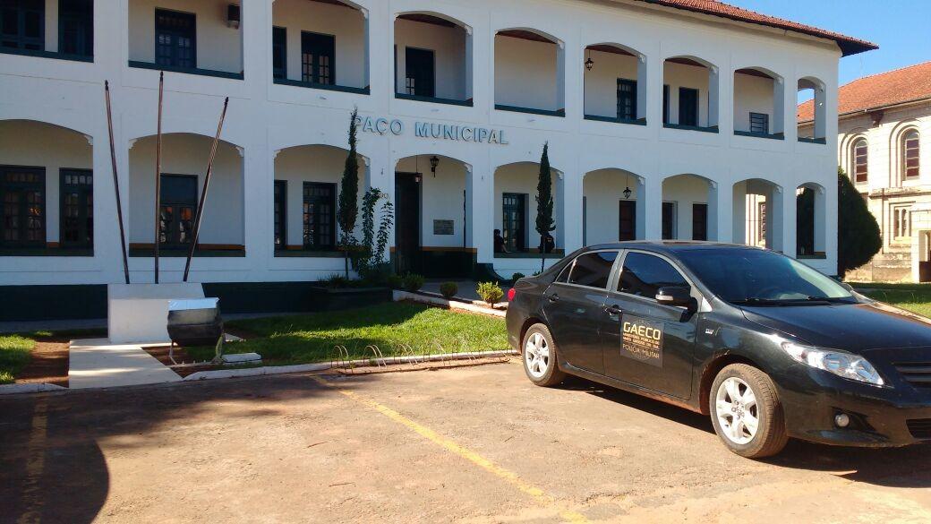 Prefeitura em MS revoga contratos após recomendação do MP, mas mantém secretária investigada