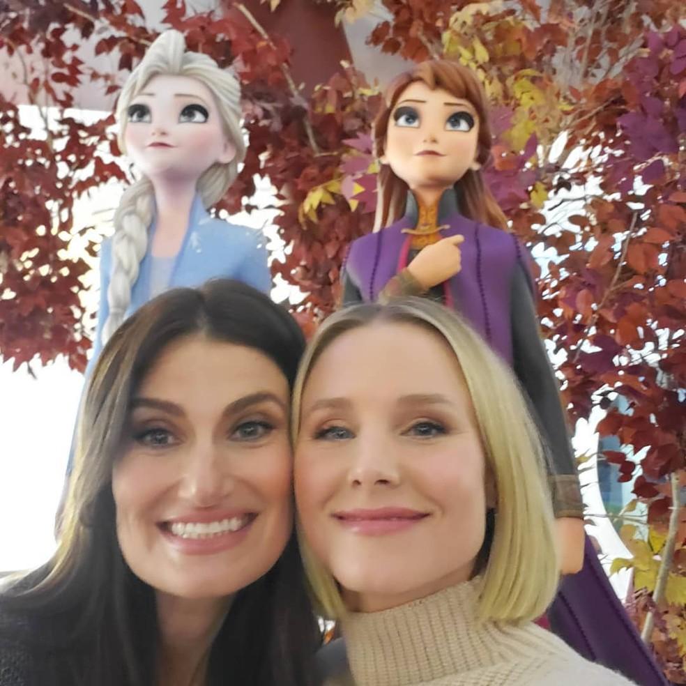 Kristen Bell (Anna) compartilhou foto com Idina Menzel (Elsa) nos estúdios Disney de animação em Los Angeles — Foto: Reprodução/Instagram/KristenBell