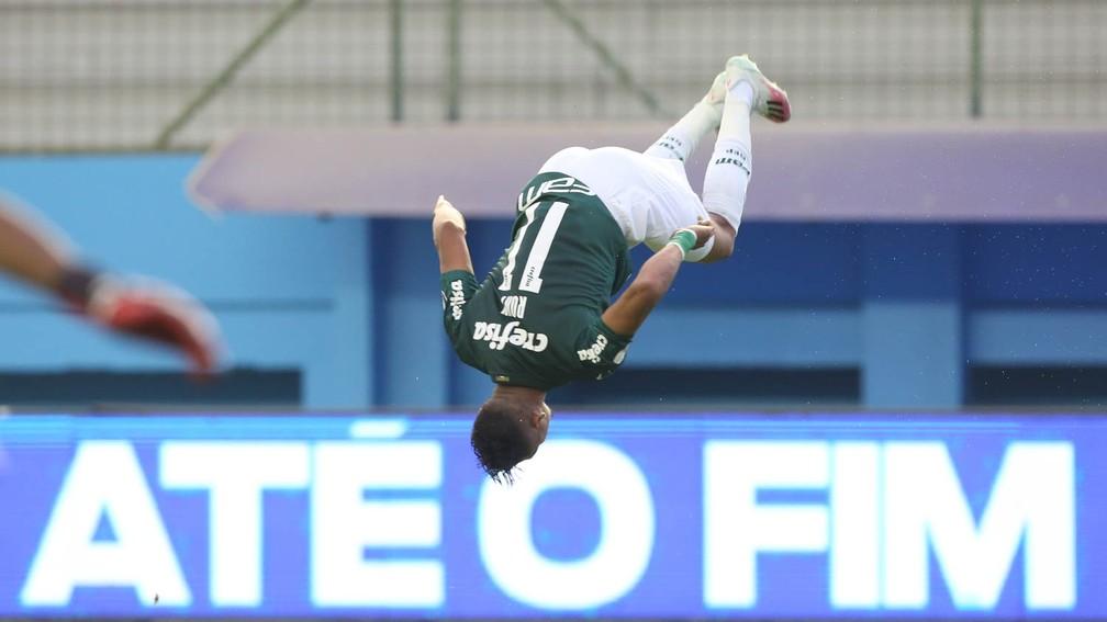 Comemoração de gol do atacante Rony, do Palmeiras, contra o Delfín — Foto: Cesar Greco / Ag. Palmeiras