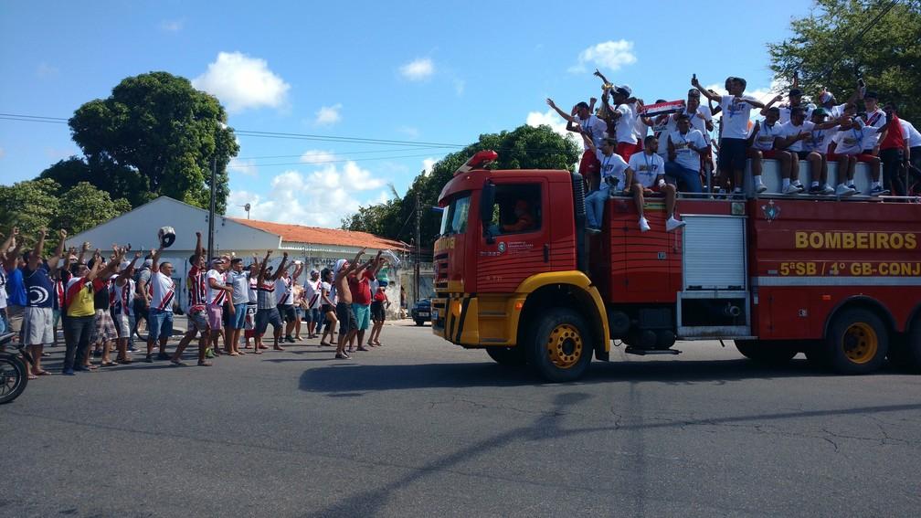 A chegada da delegação coral à Barra do Ceará (Foto: Juscelino Filho)