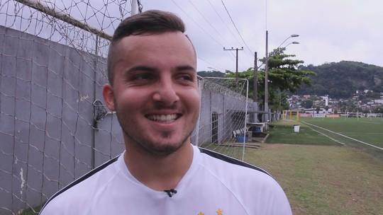 Em primeiro jogo-treino com o Santos, Jean Chera marca duas vezes; vídeo