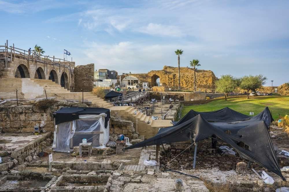 Ruínas da antiga cidade portuária de Cesareia Marítima, em Israel. (Foto:  Israel Antiquities Authority)