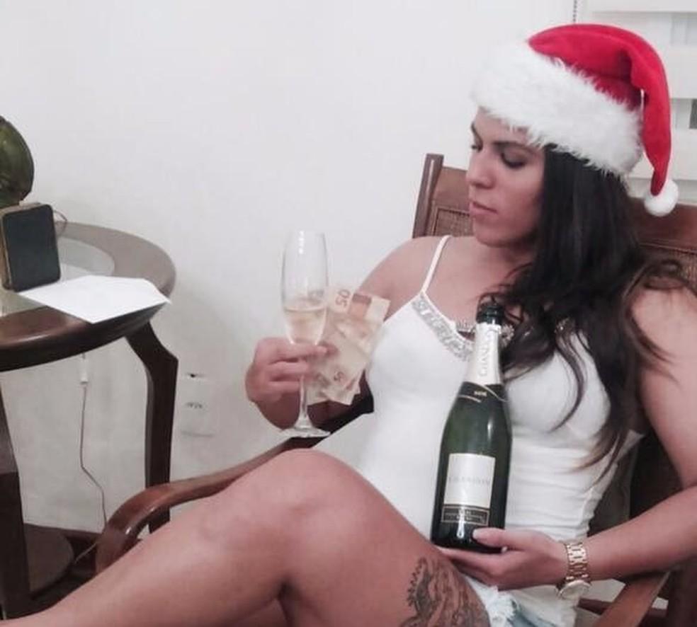 Maria Angélica Macedo da Silva, a 'madame do crime', foi presa suspeita de furtos a casas em São Carlos (Foto: Reprodução/ Facebook)