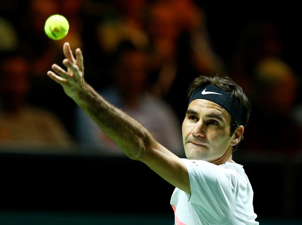 Roger Federer vence em Roterdã e volta a ser número 1 (Foto: REUTERS/Michael Kooren)