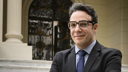 Marcelo Médici comemora papel em 'Haja Coração' e lado negro do personagem: 'Vilões são adoráveis'