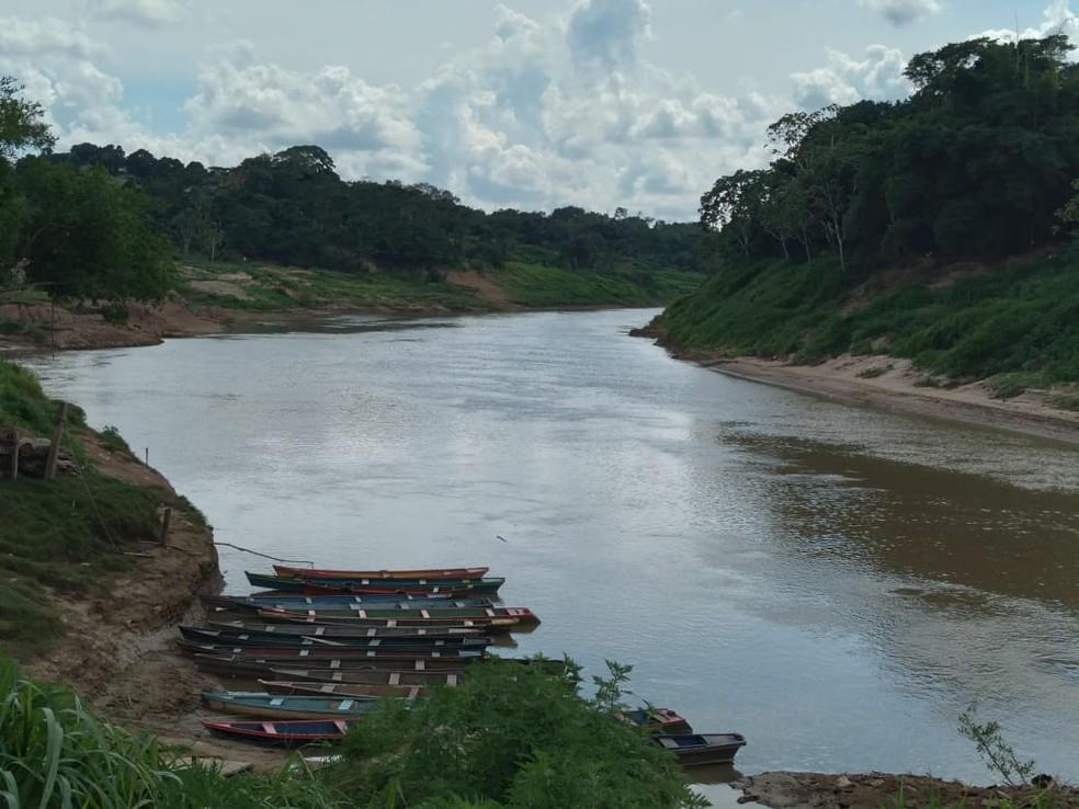 Nível do Rio Acre está a 2,03 metros nesta sexta-feira (16) em Rio Branco — Foto: Aline Nascimento/G1 AC