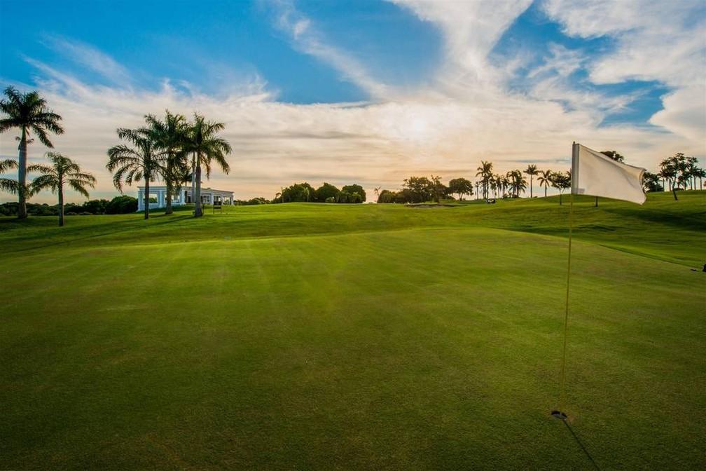 Moradores da região podem aproveitar a estrutura do Wish Resort Golf Convention com pacotes especiais de fim de semana (Foto: Divulgação)