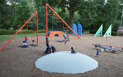 9 playgrounds projetados por artistas ao redor do mundo
