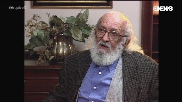 Centenário de Paulo Freire: viúva e pesquisadores do DF falam sobre legado e bom humor do educador