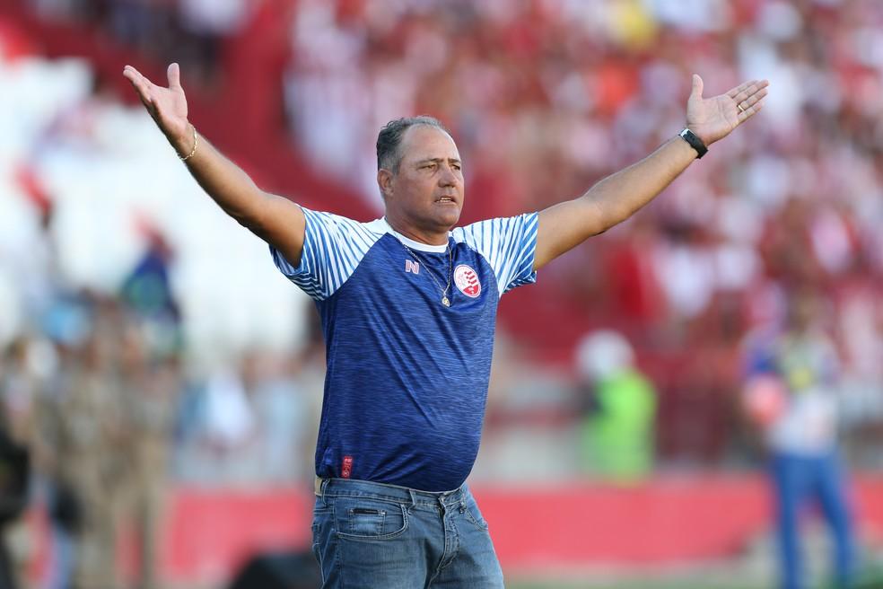 Márcio Goiano vê condições para reverter resultado — Foto: Aldo Carneiro / Pernambuco Press